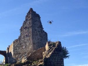Drone au dessus des ruines