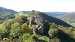 Vue arriere du Château de Montfaucon datant du XIeme siècle